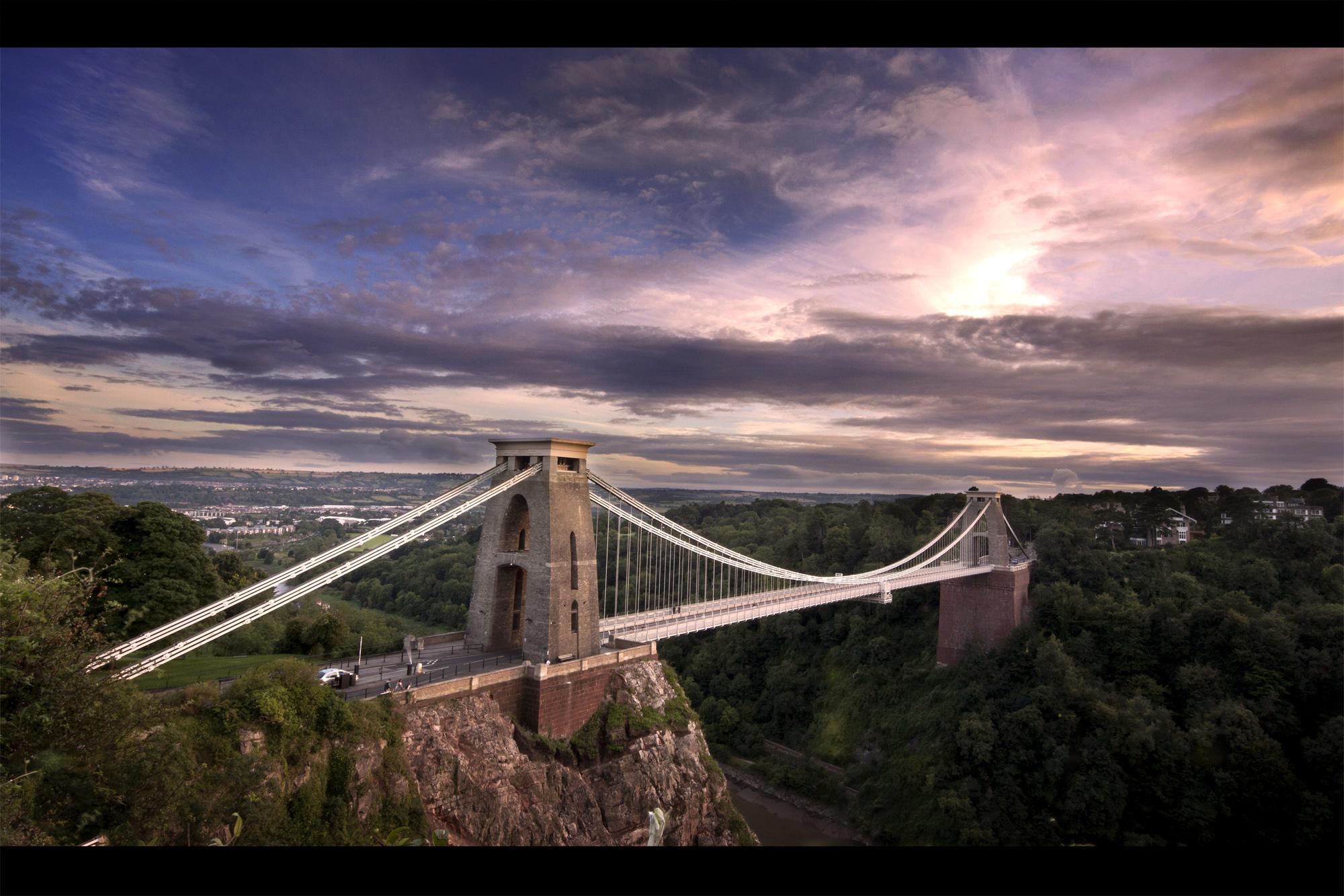 Aprender inglés en Bristol y descubrir la belleza del puente colgante de Clifton
